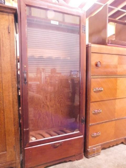 Glass Door Gun Cabinet 6 Long Guns 25 X 64 X 95 1 Dwr Locking